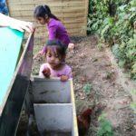 Gartenkinder lieben Hühner