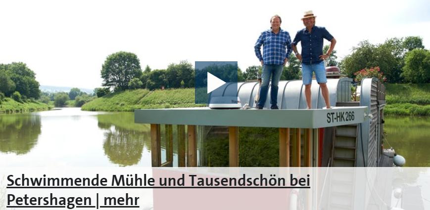 Frank Buchholz mahlt sich in einer schwimmenden Schiffsmühle am Ufer der Weser sein eigenes Roggenschrot. Nur vier Kilometer weiter entdeckt er den Gemeinschaftsgarten Tausendschön von Elisabeth Schmelzer. Hier wachsen viele alte Gemüsesorten.